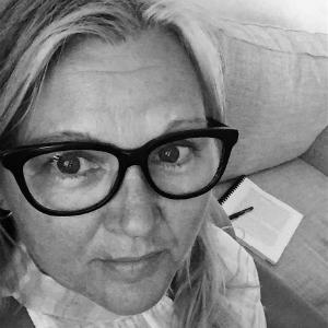 Dr Karen Malone